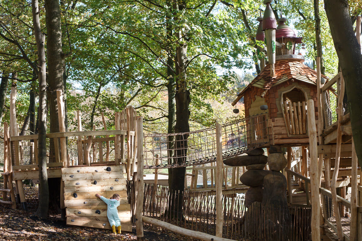Places to climb and places to have family fun at Tubmblestone Hollow Stonor Park Oxfordshire