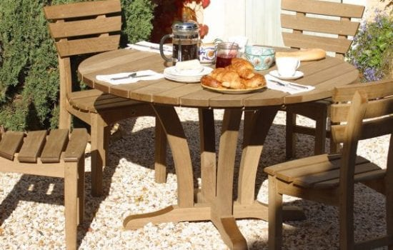Stonor Park Furnishings Bailey Table and Chacery Chairs